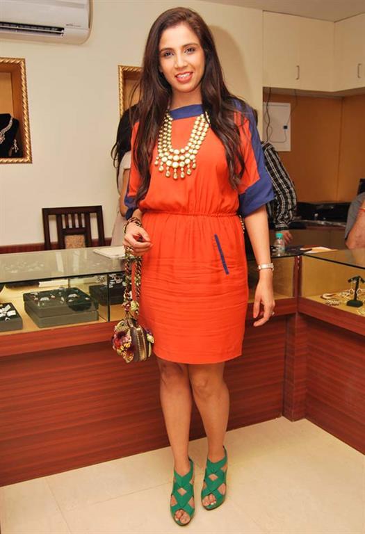 Tanieya Khanuja 48