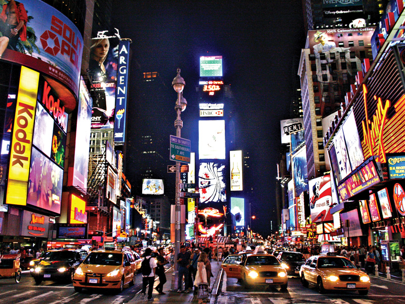 Times-Square-in-all-its-glory-Newyork