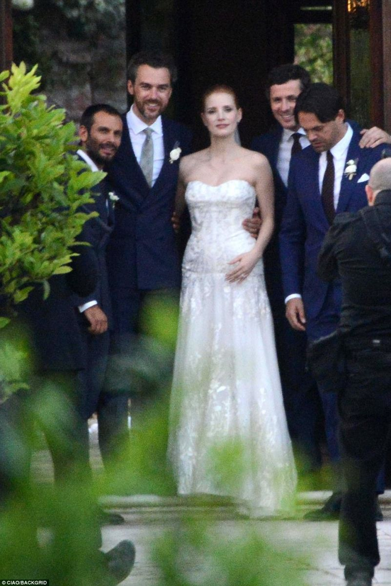 group-shot-jessica-chastain-is-married-2