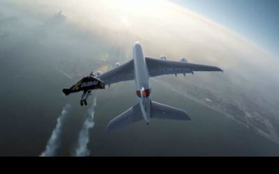 Jetman Vs Airbus A380, Awesome!