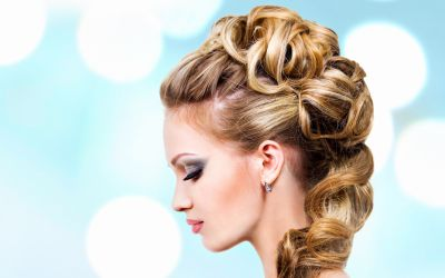 8 Hot Weather Hairstyles