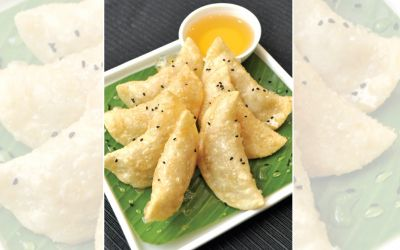 Fried Coconut And Cashew Nut Dim Sum With Honey