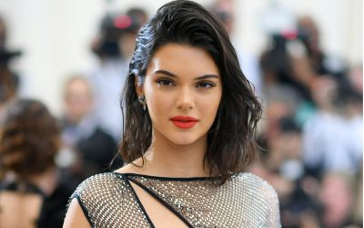 Kendall-Jenner-Becomes