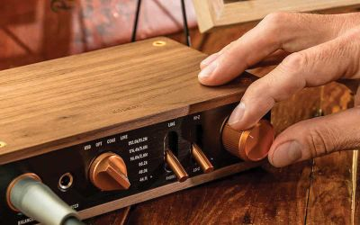 THE KLIPSCH  HERITAGE HEADPHONE AMPLIFIER