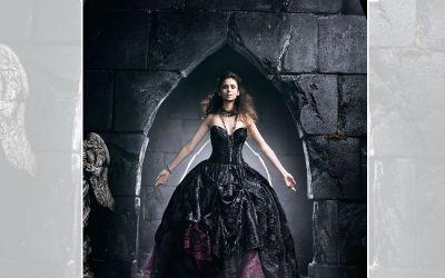 Nina Dobrev vampire