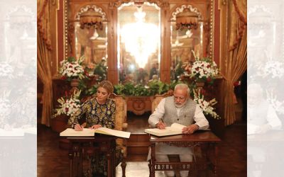 PM Modi and Ivanka Trump sign the visitors book at legendary Taj Falaknuma Palace in Hyderabad after their 5 course dinner.