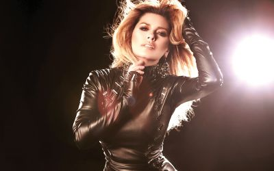 I love being a mother: Shania Twain