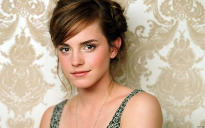 Emma Watson Wishes Her Indian Fans A 'Happy Holi'