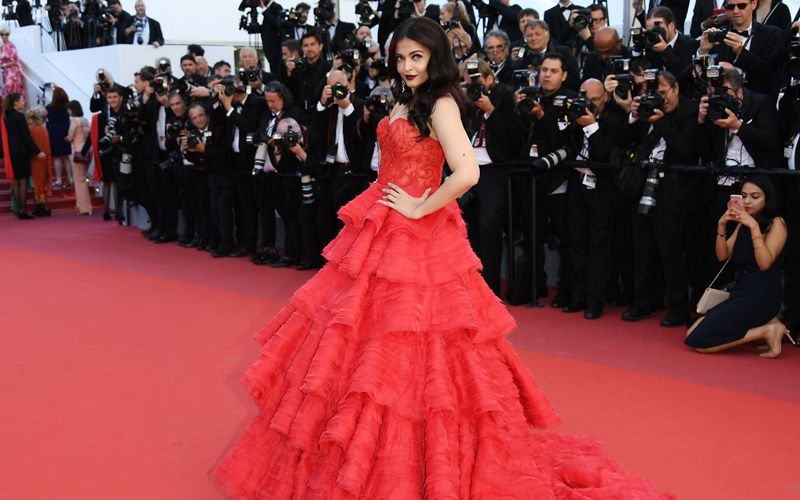 Aishwarya-red-dress