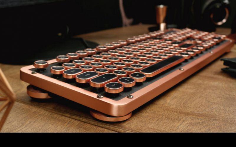 Azio's Posh Retro Classic Keyboard