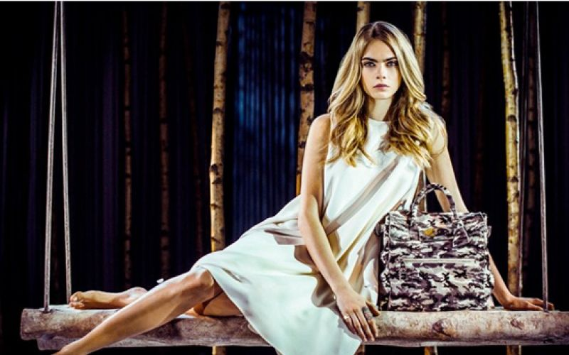 Cara Delevingne unveils her new collection for Mulberry