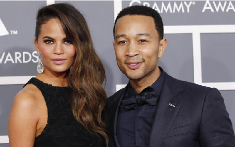 Chrissy Teigen & John Legend Are Expecting Their First Baby