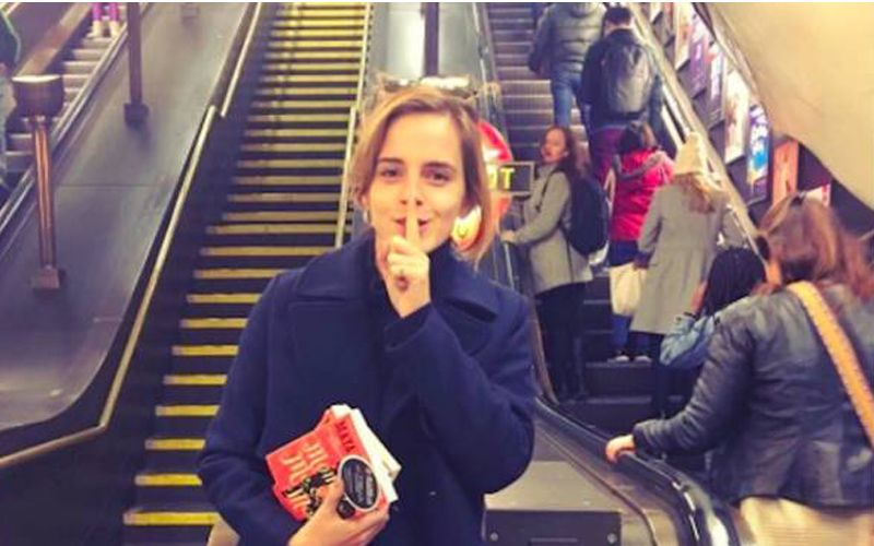 Emma-Watson-book-club.jpg.