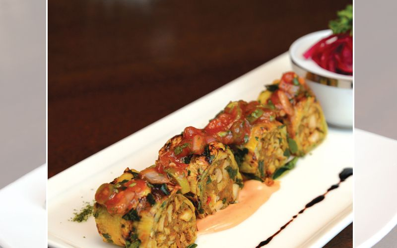 Karuvepullai-Grilled Pineapple With Chettinad Chicken