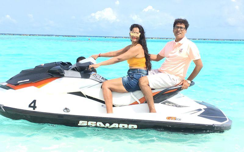 Maldives-Susheela-bokadia-with-her-husband