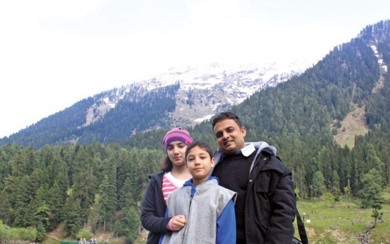 Mujahid Farooqui visit to Kashmir