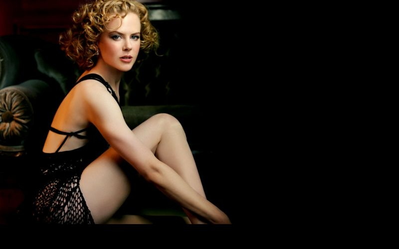 Couture takes Nicole Kidman's breath away