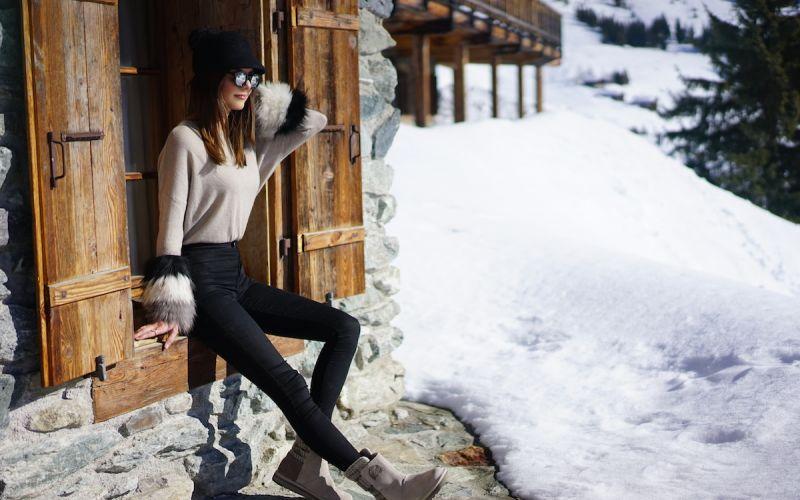 The Khemlani sisters founded luxury fur brand IZAAK AZANEI