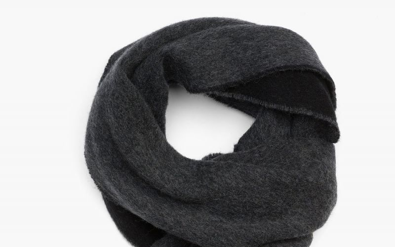 POLOFACTORY LAUNCHES TRENDY UNISEX SCARVES TO KEEP YOU FASHIONABLE THIS WINTER