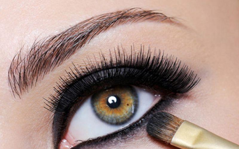 Simple Steps For Smokey Eye Makeup