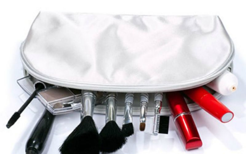 Things Every Woman Needs In Her Makeup Bag