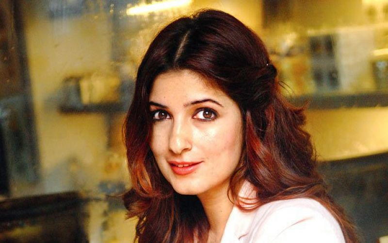 Akshay Kumar is my number one fan, says Twinkle Khanna
