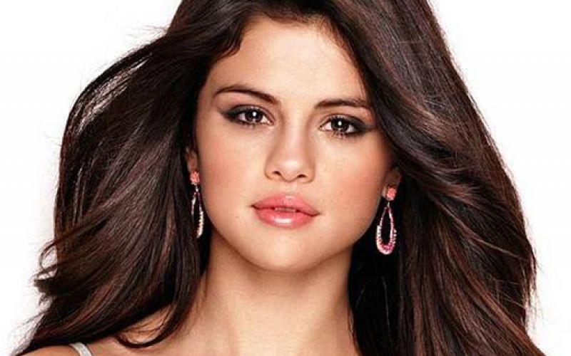 Tips to get Selena Gomez's smooth skin
