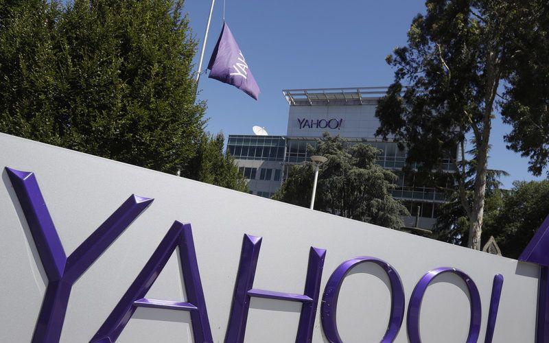 Verizon Communications Finalises dollar 4.8 Billion Yahoo Deal