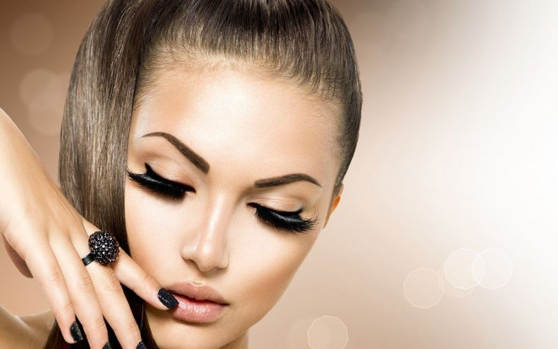 Lisa Potter- Dixon's: Simple Tips for Getting Perfect Eye Lashes
