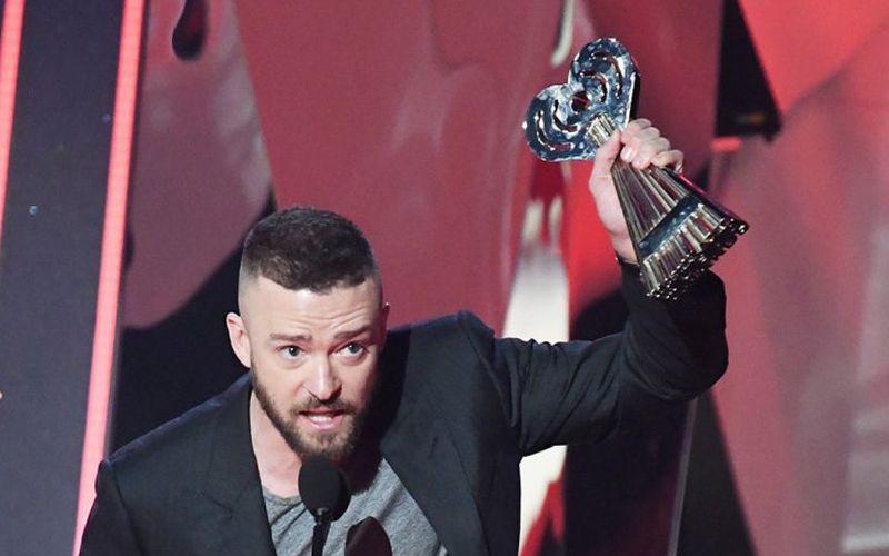 justin-iheart-radio-awards
