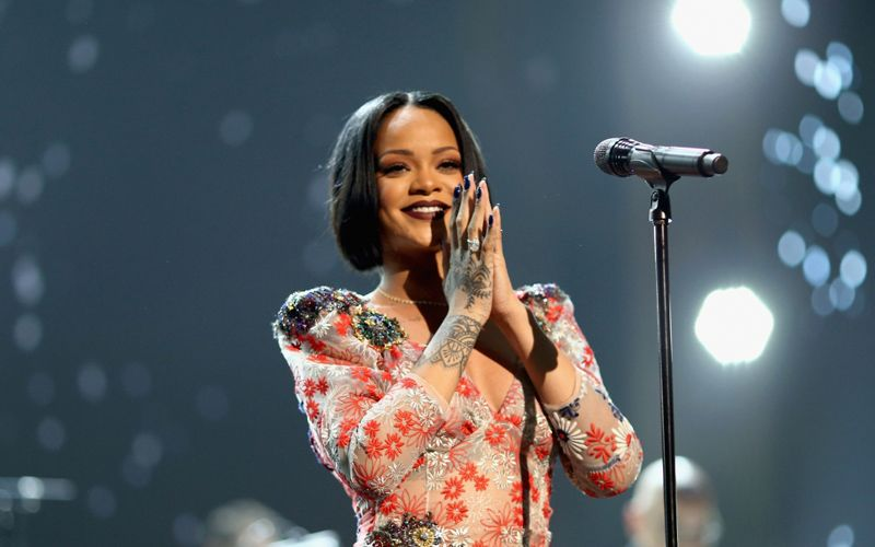 Rihanna Tells Demands Fans Not Play Pokemon Go During Her Concerts