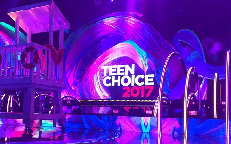 teen-choice-2017-stage-awards